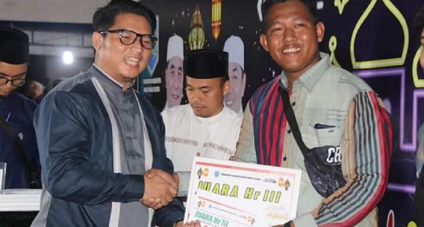 Juara Harapan III Festival Tanglong dan Parade Bagarakan Sahur 1440 H.