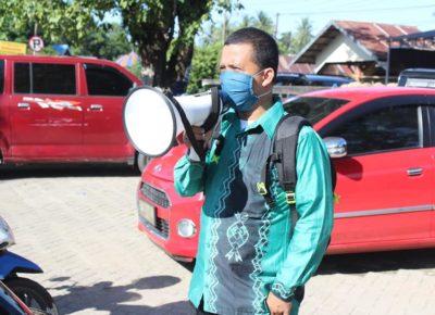 STAI Darul Ulum Kandangan Melakukan Aksi Sosial Berbagi Masker